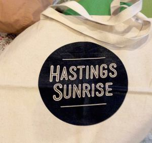 Hastings Sunrise Shopping Bag | SpiritMAMA Blog