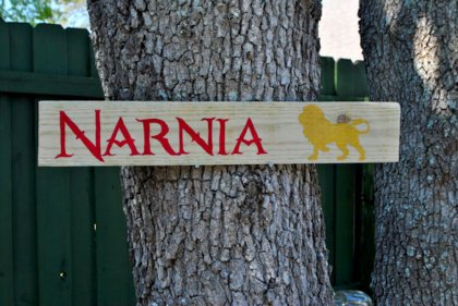 Header - Narnai Signpost | SpiritMAMA Blog