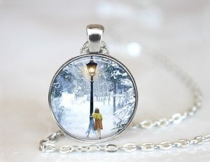 Lucy and Lamp-Post Necklace | SpiritMAMA Blog