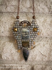 Necklace Ruins of Cair Paravel | SpiritMAMA Blog